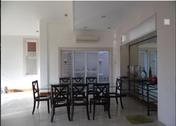 Fully Furnished Cozy House and lot in Friendship for rent - 5