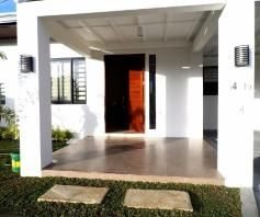 Fully Furnished House with Swimming pool for rent near SM Clark - 90K - 4
