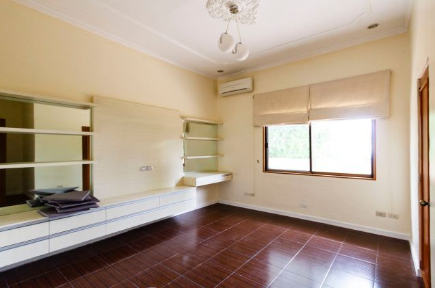 5 Bedroom House for Rent in Maria Luisa Estate Park - 3