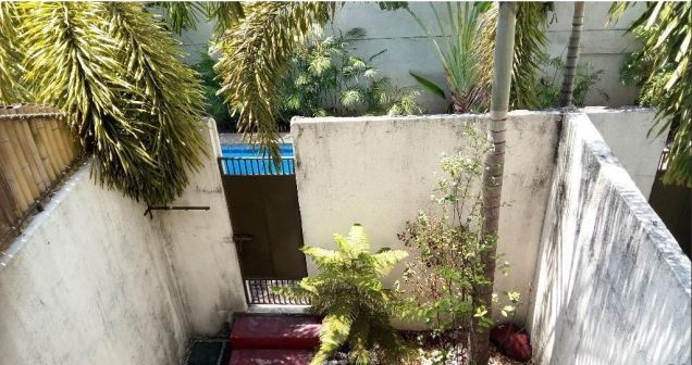 3 Bedroom Town House for rent near Fields Avenue - 35K - 3