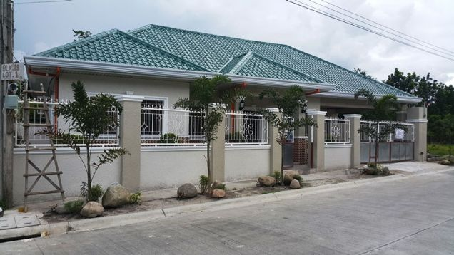 Brandnew house and lot for rent located in friendship - 40K - 1