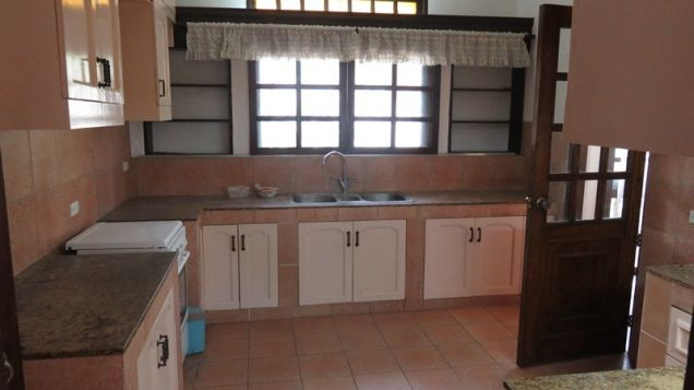 House for rent in Cebu City, Northtown Homes 6-br with swimming pool - 8