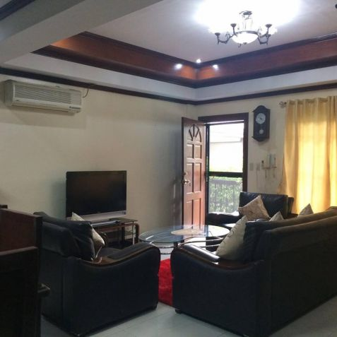 2 Bedroom Furnished Townhouse in Hensonville - 9