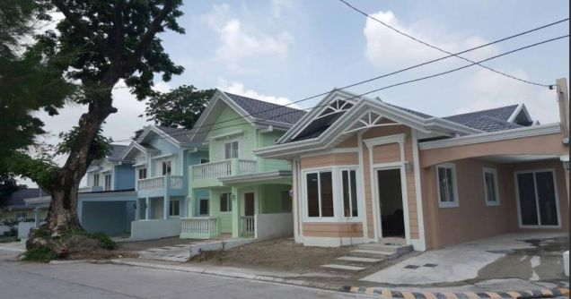 House and Lot for Rent in Friendship @ 25K - 0