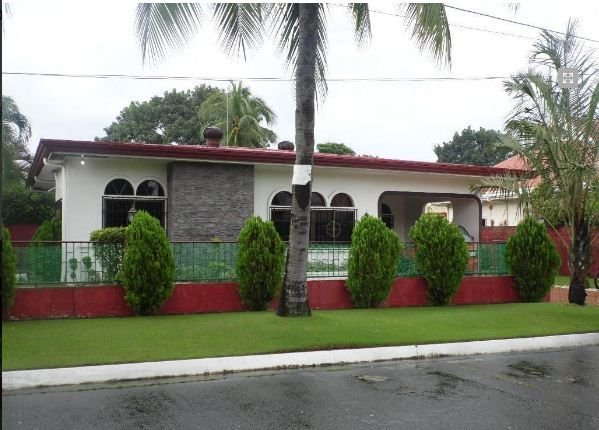 Fully Furnished Bungalow House for rent near SM Clark - 6