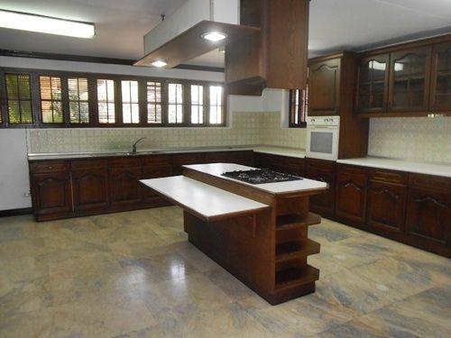 Dasmarinas Village Makati Houses for Rent - 1