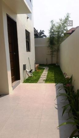 House and lot with 4 bedrooms & swimming pool in Angeles FOR RENT @130K - 3