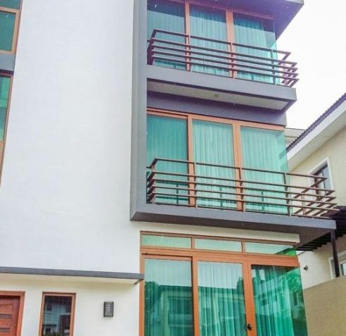 Lavishly 4 Bedroom House for Rent in Mckinley Hill Village (All Direct Listings) - 0