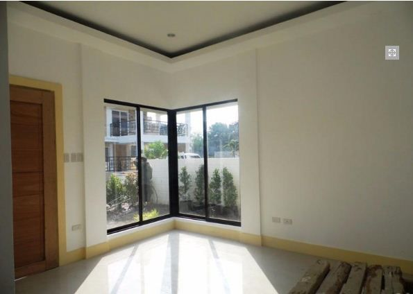 Fully Furnished 3 Bedroom House near SM Clark for rent - 9