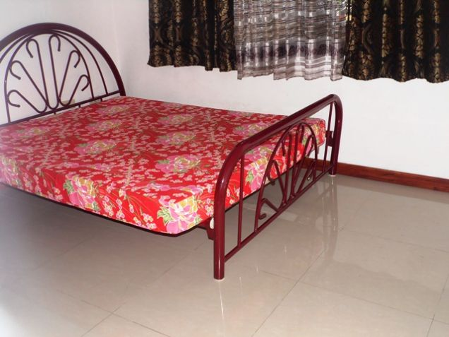 Fully Furnished Bungalow House FOR RENT near SM Clark - @40K - 3