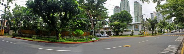 House and Lot, 4 Bedrooms for Rent in San Lorenzo Vilage, Makati, Metro Manila, - 1