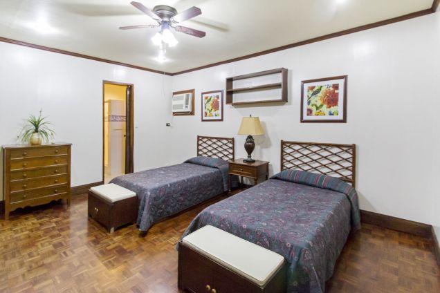 Spacious 8 Bedroom House for Rent in Maria Luisa Cebu City - 9