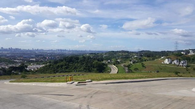 Lot in Taytay Rizal with view of Metro Manila and Laguna de Bay - 6