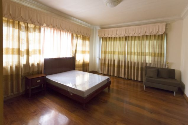 Spacious 5 Bedroom House for Rent in Cebu Talamban - 3