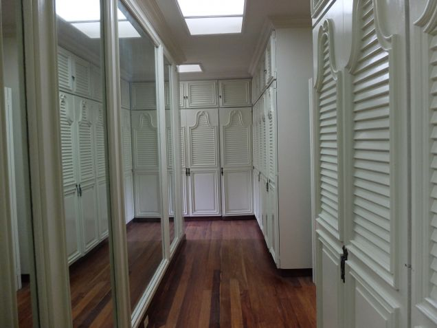 Alabang Hills house for rent near San Beda College, walking distance. - 1