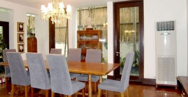 Nice house for rent in Forbes Park, Makati City(All Direct Listings) - 0