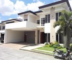 4 BR House with Swimming pool near SM Clark for rent - 70K - 7