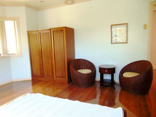 Maria Luisa House for Rent in Banilad, Cebu City 5-Bedrooms and 3 car garage Un-furnished - 3
