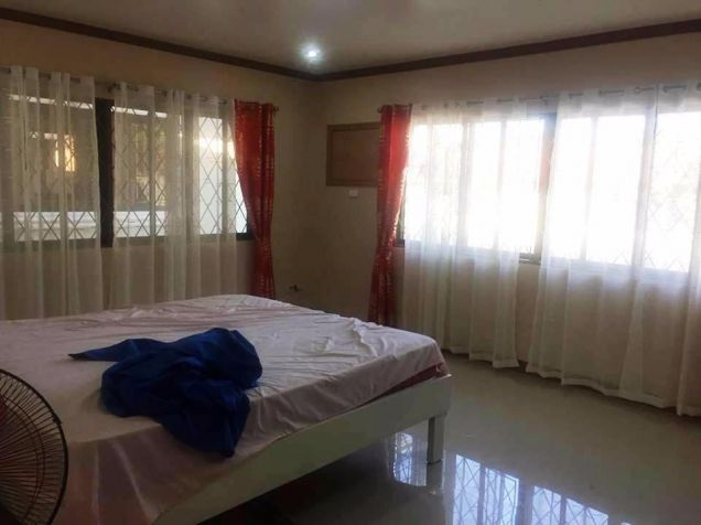Bungalow House and Lot for rent in Friendship - 50K - 6