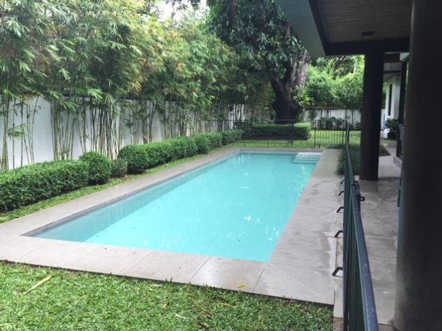 Ayala Alabang Modern House For Rent - 9