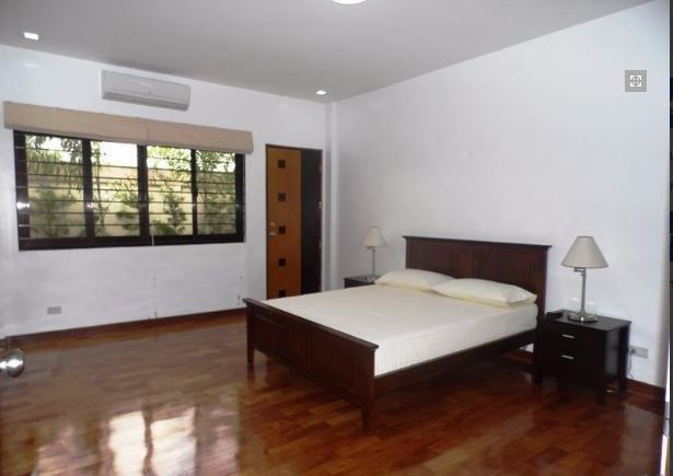 1 Storey House with swimming pool for rent - 75K - 1