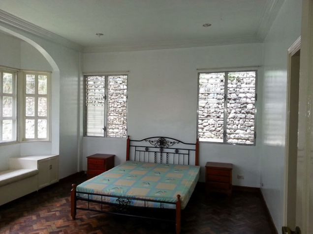 5 Bedroom House with Swimming Pool for Rent in Maria Luisa Cebu City - 4