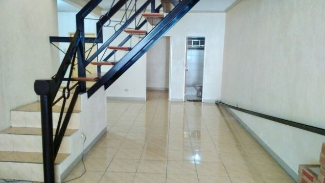 Townhouse for rent in BF Homes Almanza - 0