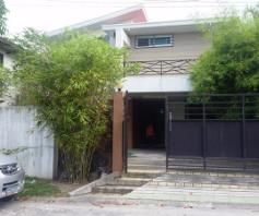 House with swimming pool for rent in Friendship - 75K - 0