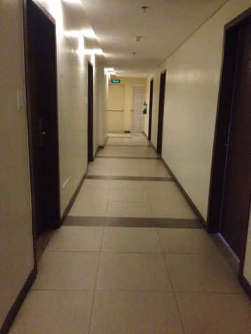 Ready for Occupancy 2 bedroom condo unit in near Shangrila, SM Megamall and Robinsons Galleria - 1
