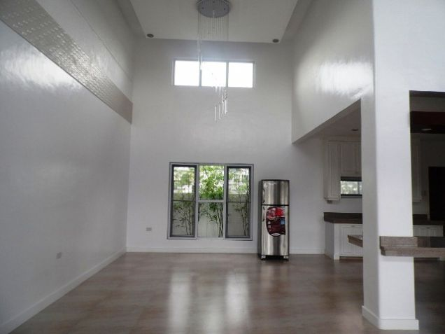 Spacious House with Lap pool For rent -110K - 7