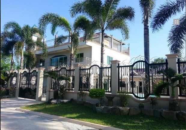 8 Bedroom Unfurnished Nice House for Rent in Angeles City, Pampanga – 150K - 3