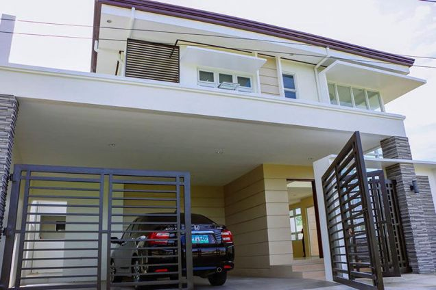 4 Bedroom House for Rent in Mactan Tropics Subdivision - 0