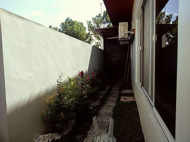 Semi furnished with 3BR house for rent in Telabastagan San Fernando Pampanga - 60K - 7