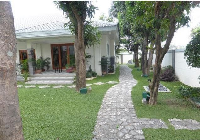 Bungalow House with Spacious yard for rent - 45K - 9