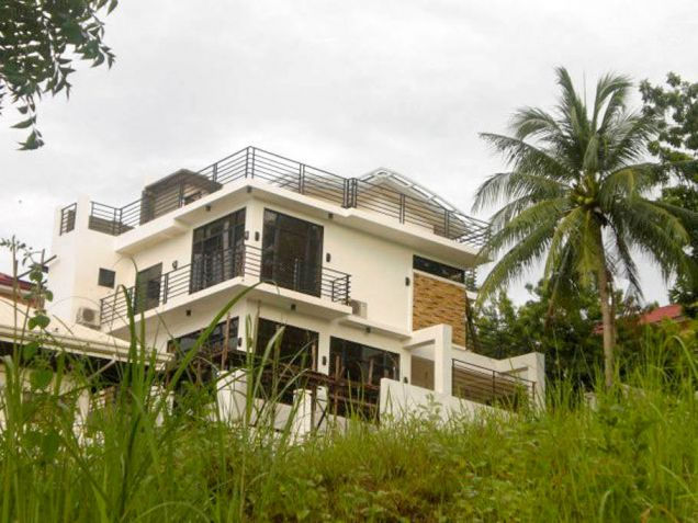 Modern 5 Bedroom House for Rent in Cebu City Pardo - 3