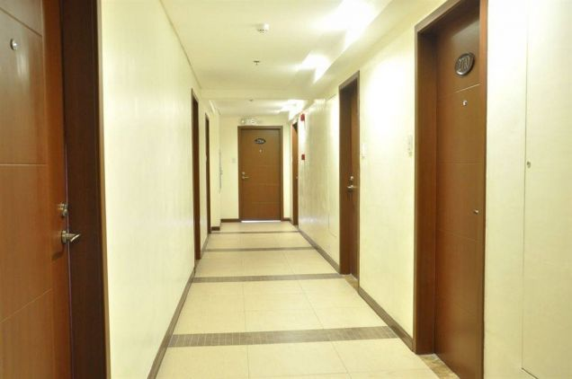 Pre-Selling Furnished and Affordable Studio Condo Boni MRT Station - 2