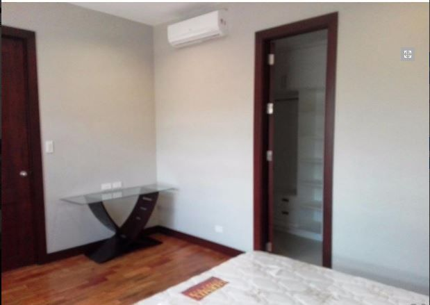 For Rent Cozy House and lot with Swimming pool - 3