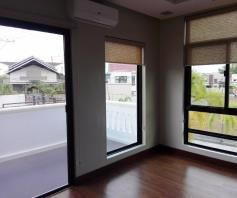 W/POOL 2-storey House & Lot for rent in Hensonville Angeles City.. - 1
