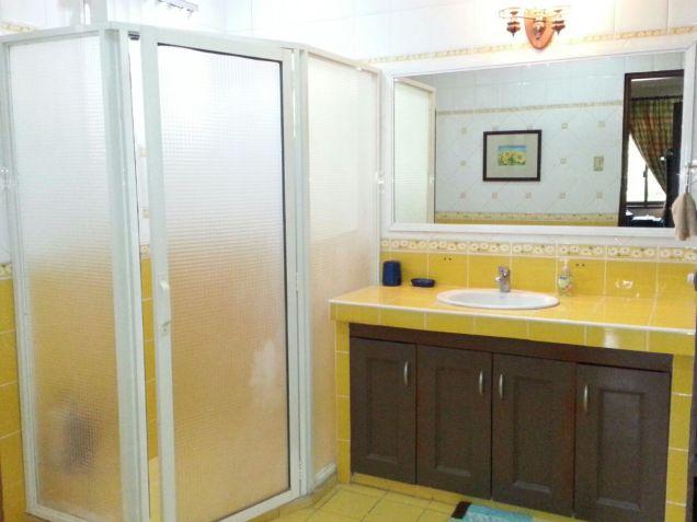 Modern 3 Bedroom House for Rent in Cebu City Banilad - 8