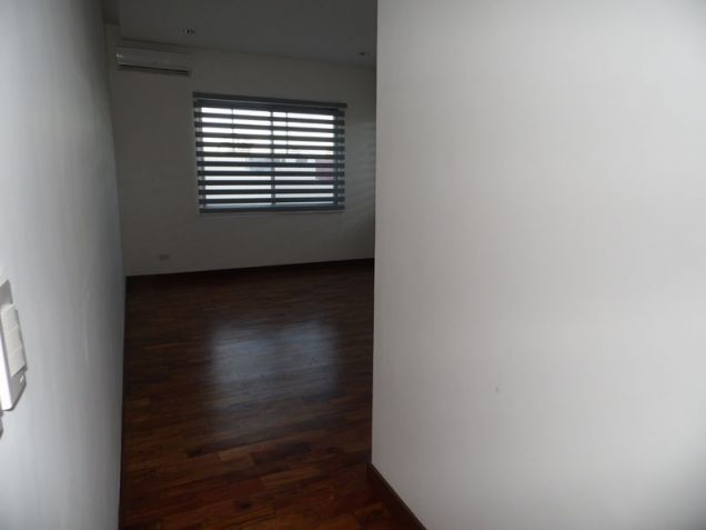 Spacious Bungalow House with Swimming pool for rent - 90K - 8