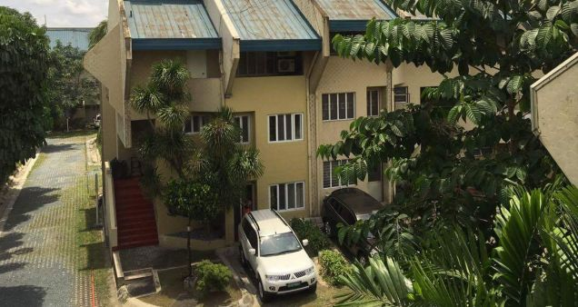 Ivory Court Townhouse 2BR with Loft for Lease - 3
