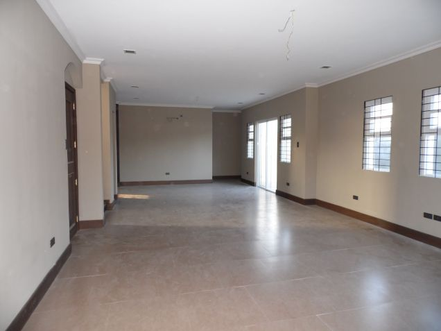Unfurnished 3 Bedroom House and Lot with Big Yard in Friendship - 4