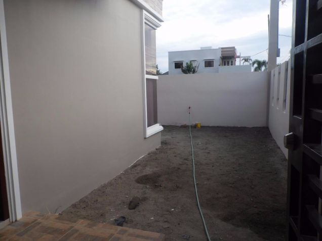 Two Storey Townhouse for rent with 3 bedrooms in Amsic - 4