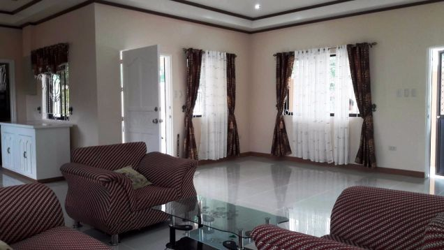 333 Lot Area House And Lot For RENT In Friendship Angeles City Near Clark - 2