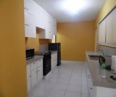 Town House with 4 Bedrooms inside a Secured Subdivision for rent - P35K - 8