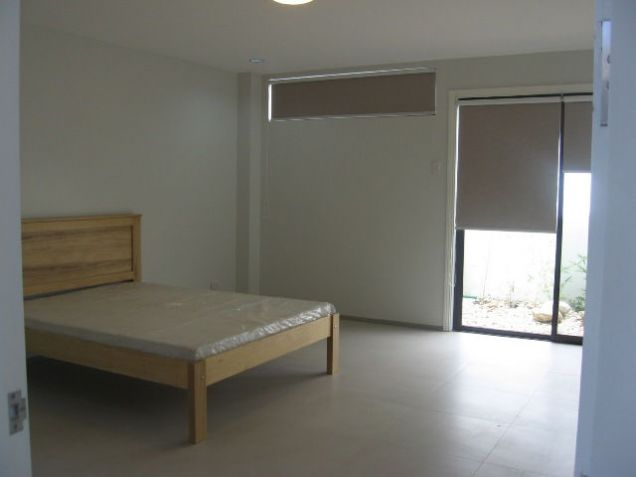 5-Bedroom BrandNew House for Office or Residential in Banilad Semi-furnished - 6