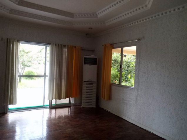 Bungalow Type with 4 Bedroom House and Lot for Rent in Cutcut Angeles City - 5