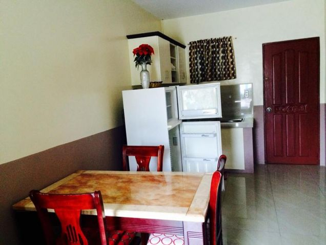 2 Bedroom furnished apartment is located in Malabanias, Angeles City, Pampanga. - 4