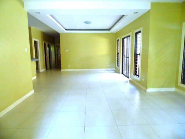 Bungalow House For Rent In Angeles City With 3 Bedrooms - 2