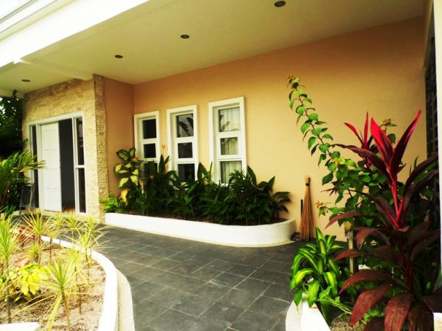 Four Bedroom House & Lot In Hensonville Angeles City Near To Clark Free Port Zone - 5